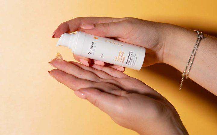 Hudpleie fra Dr. Greve pharma gir deg glødende sommerhud. Foto.